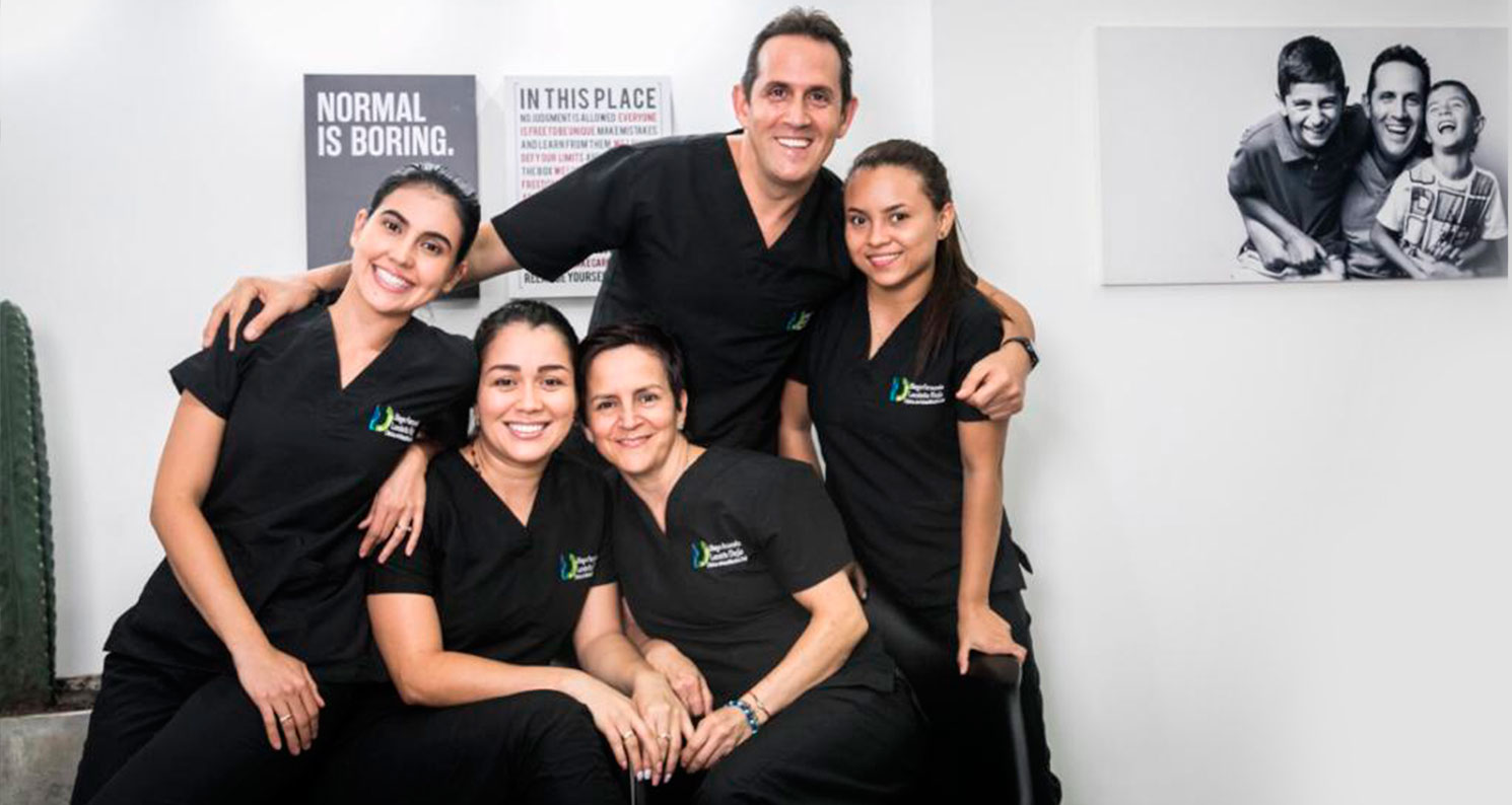 logo-diego-londono-odontologo-profesionales-portada-6